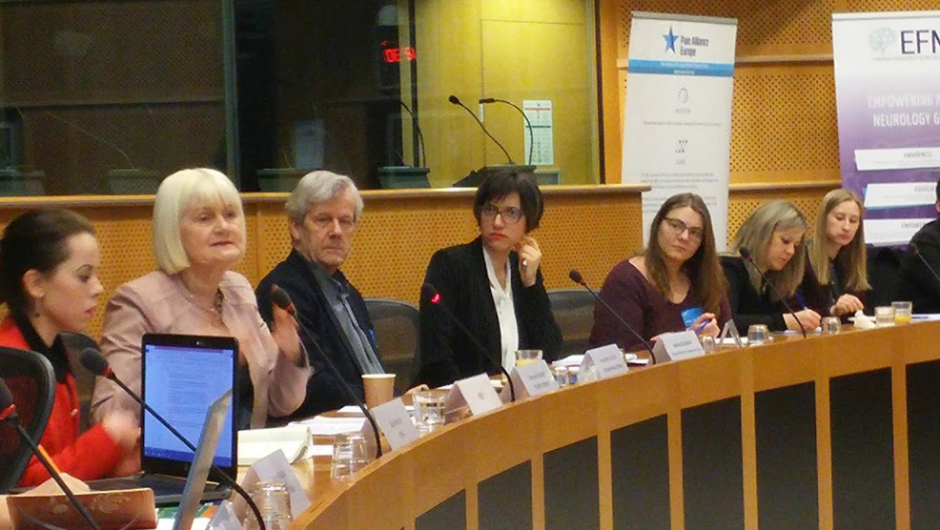 'How can the EU: #MakeWorkWork  for young people affected by brain, mind and pain conditions?'